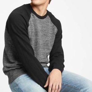 GAP Colorblock Crewneck Sweater - Small